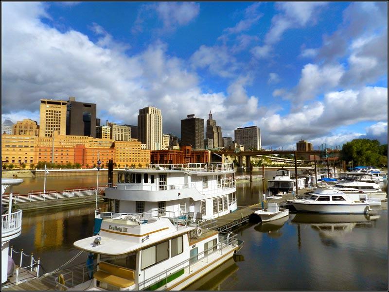 Saint Paul & Boats